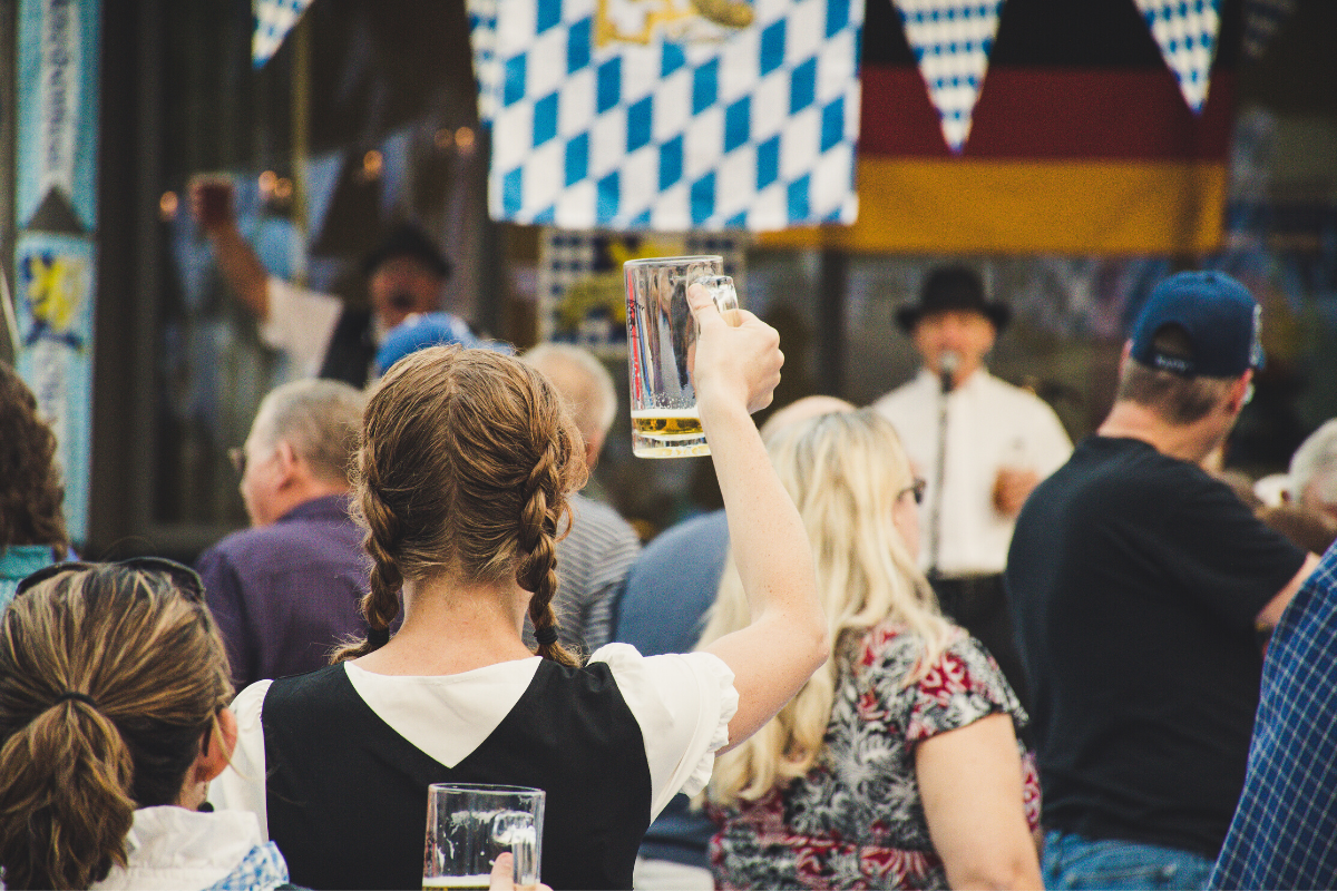podcast_episode_3_a_guide_to_oktoberfest_in_munich_germany
