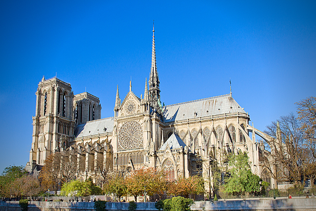 podcast_episode_7_remembering_notre_dame_before_the_fire_in_paris_france